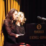 QUEENZ OF PIANO - TastaTour
